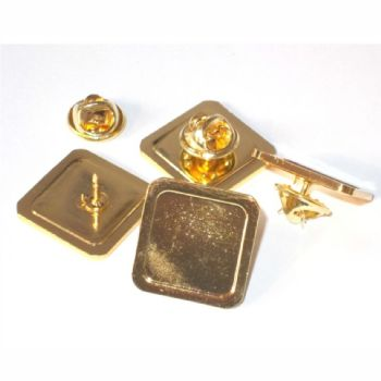 Superior Badge Blank square 16mm gold clutch and clear dome